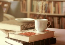 книги кофе