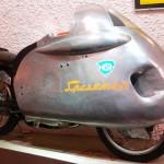 В 1955 эта штука умудрилась установить рекорд скорости
