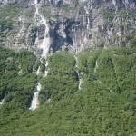 vinnufossen-falls2