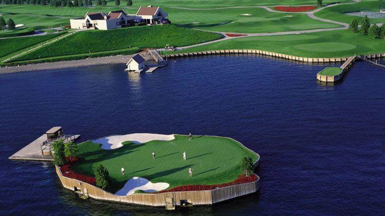 гольф на воде
