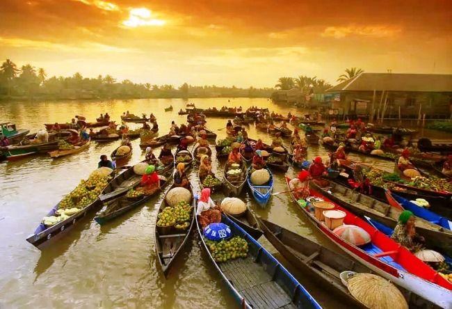 плавающий рынок на лодках