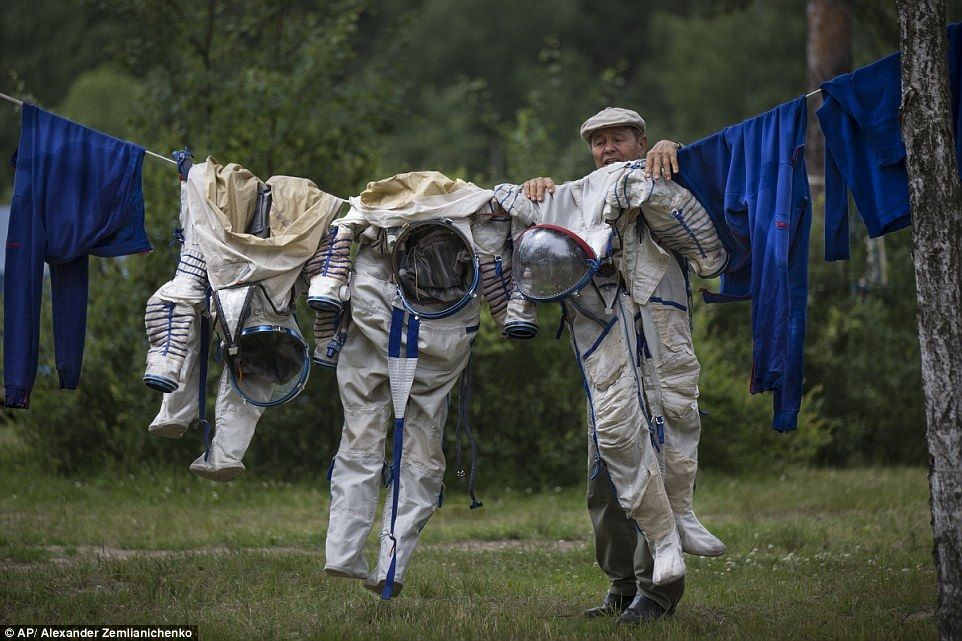 космонавт стирка