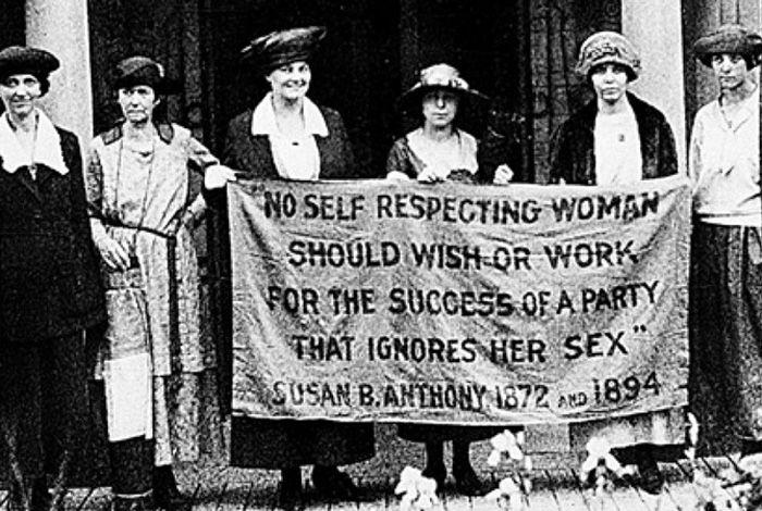 митинг женщин