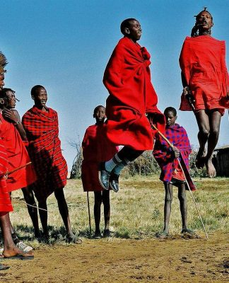 традиционное приветствие в Кении